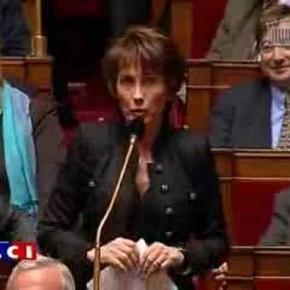 La porte parole de l'UMP ovationnée par la Gauche